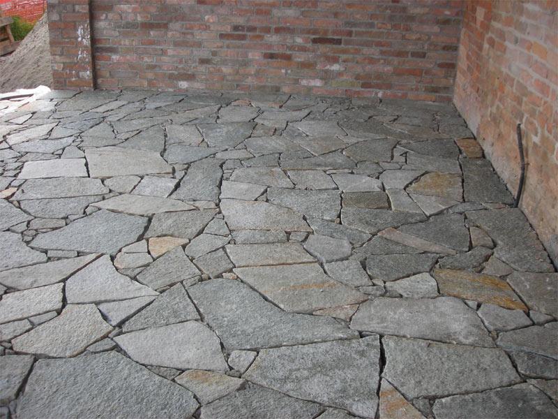 Pavimenti in pietra a roma prezzi e preventivi for Pisos para terrazas interiores
